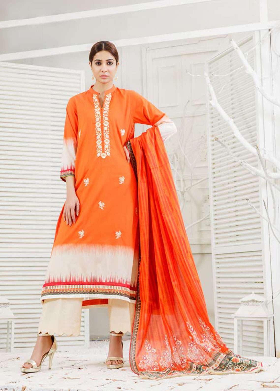 Orient Textile Embroidered Lawn Unstitched 3 Piece Suit OT19-L2 130 B - Spring / Summer Collection