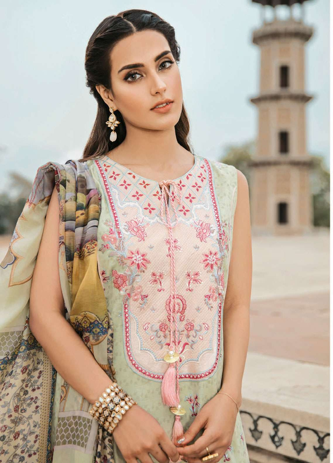 bdacae341f Qalamkar Embroidered Lawn Unstitched 3 Piece Suit QLM19F 02 DURRA - Festive  Collection