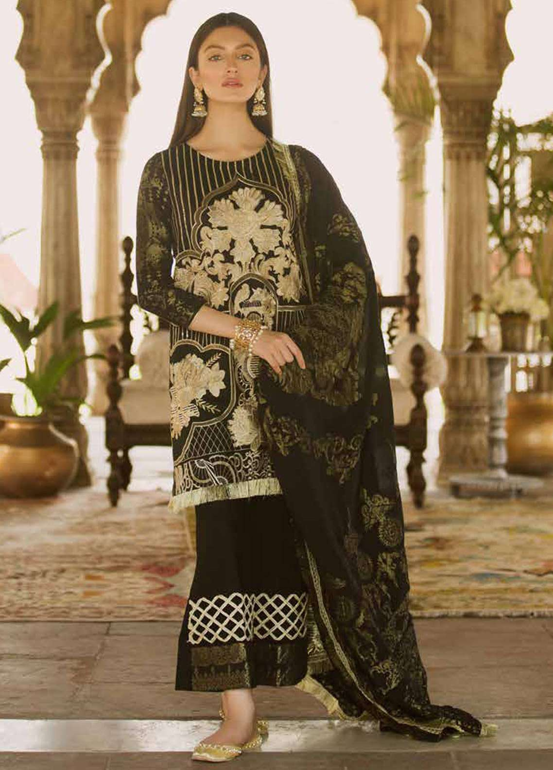 Qalamkar Embroidered Lawn Unstitched 3 Piece Suit QLM18F 07 - Eid Collection