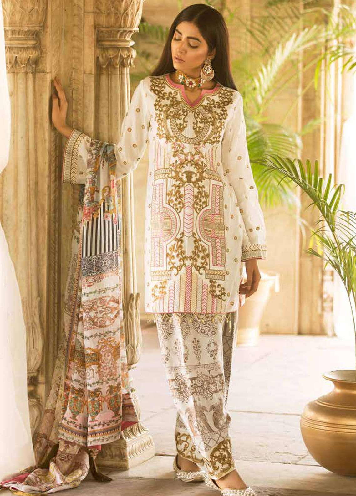 Qalamkar Embroidered Lawn Unstitched 3 Piece Suit QLM18F 10 - Eid Collection