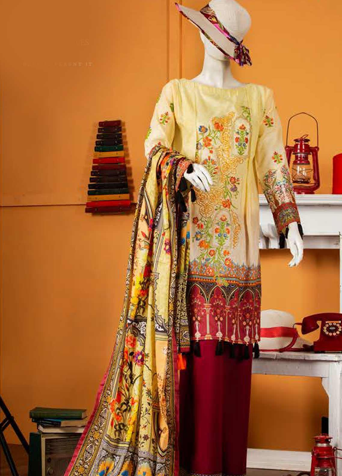 Rabia's Textiles Embroidered Lawn Unstitched 3 Piece Suit RBA19S 07 SWEET STEMS - Spring / Summer Collection