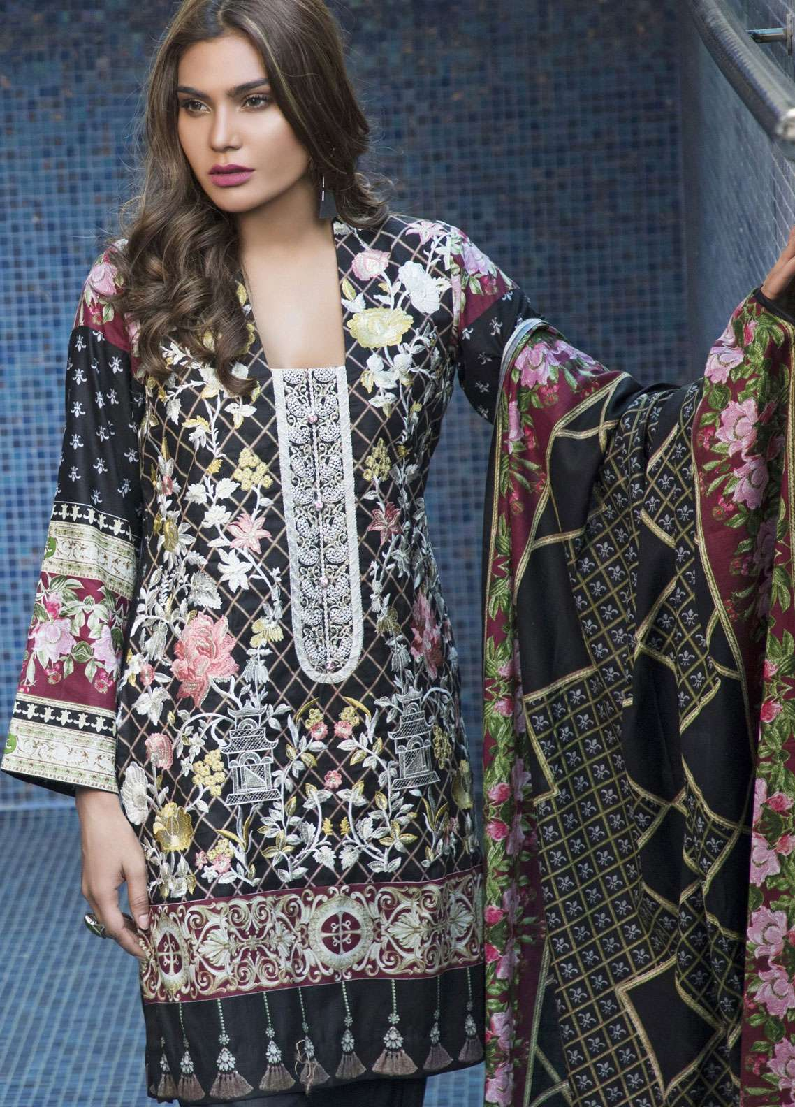 Rangreza Embroidered Lawn Unstitched 3 Piece Suit RZS19L 01A - Spring / Summer Collection