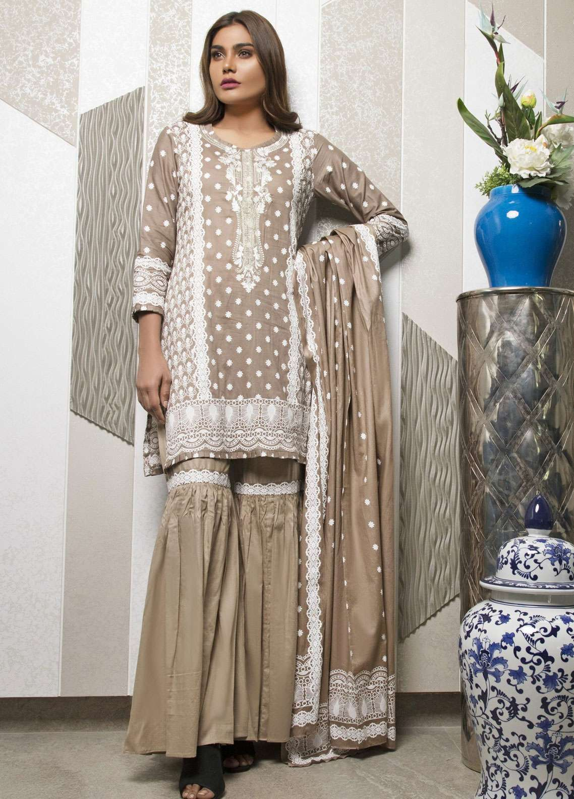 Rangreza Embroidered Lawn Unstitched 3 Piece Suit RZS19L 03A - Spring / Summer Collection