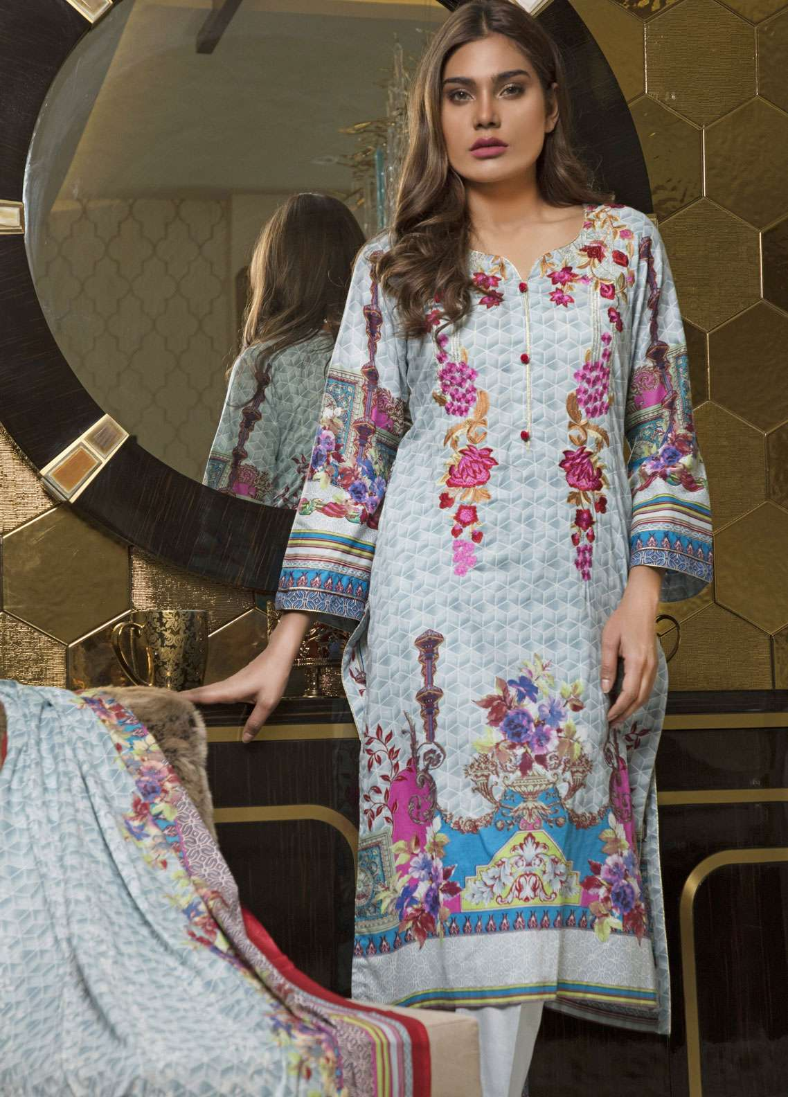 Rangreza Embroidered Lawn Unstitched 3 Piece Suit RZS19L 04B - Spring / Summer Collection
