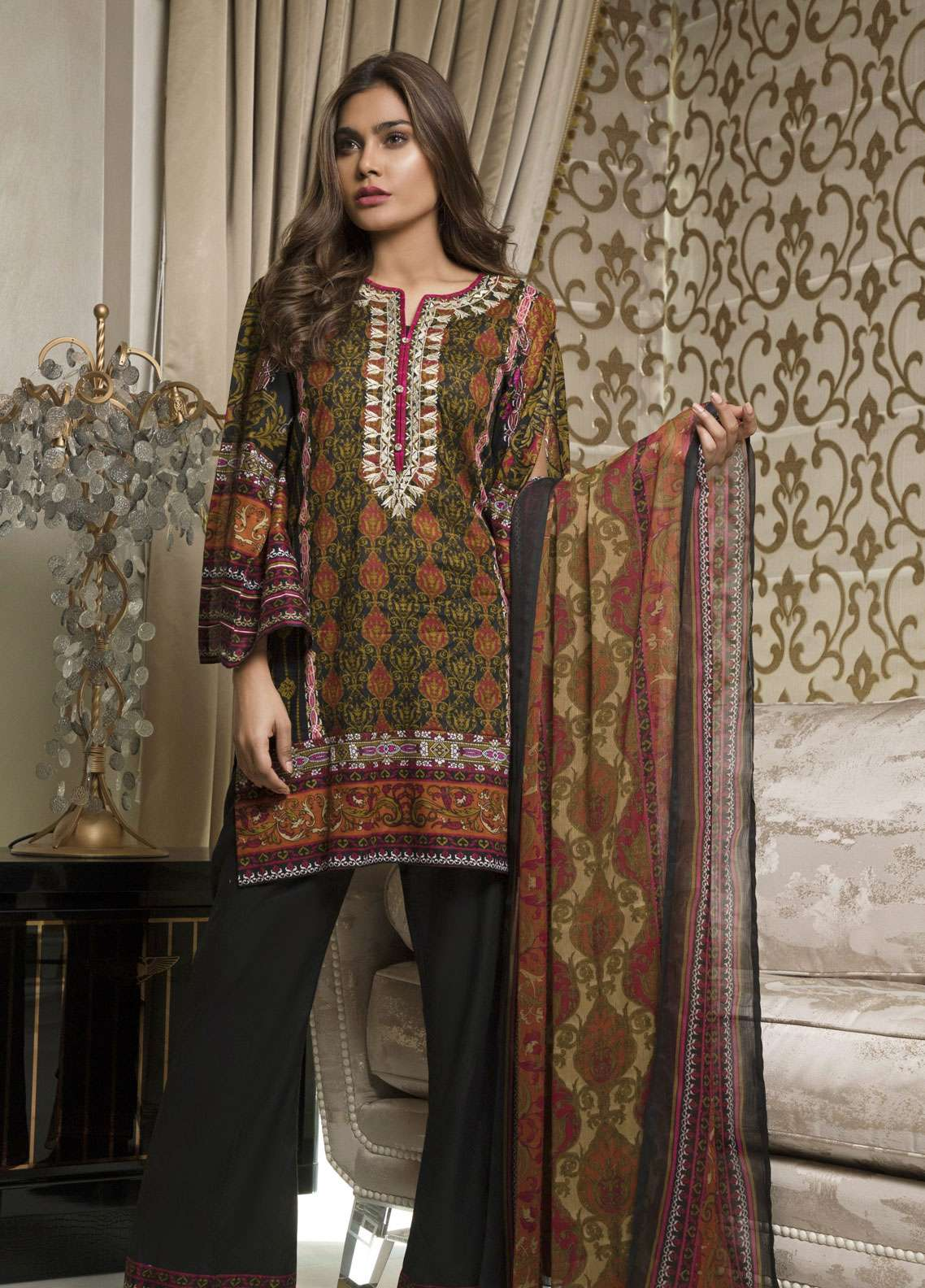 Rangreza Embroidered Lawn Unstitched 3 Piece Suit RZS19L 05B - Spring / Summer Collection