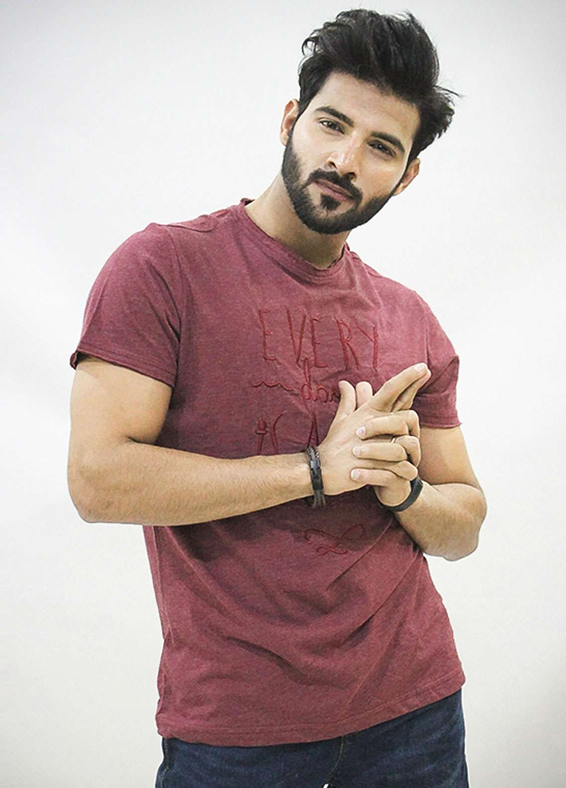 Red Tree Cotton Round Neck T-Shirts for Men - Maroon RT1586