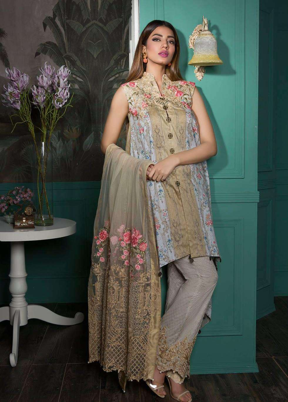 Rang Rasiya Embroidered Lawn Unstitched 3 Piece Suit RGR17E3 French Bouquet B