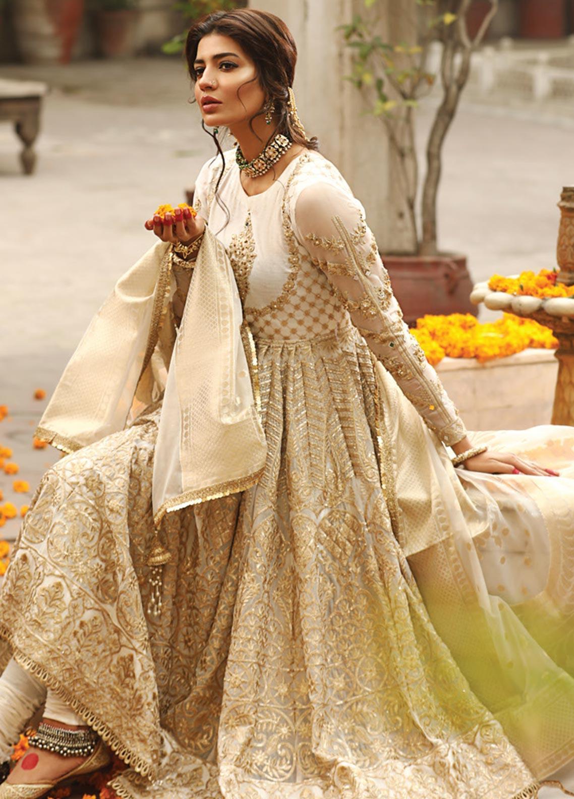 Zarqash Embroidered Chiffon Unstitched 3 Piece Suit ZRQ20WE 3 SUNEHRI - Wedding Collection