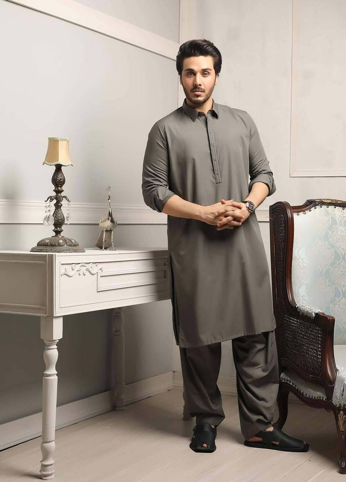 595270f652 Safeer by Edenrobe EMUC18-REDIANCE Cotton Unstitched Men's Kameez Shalwar  Fabric. Online only