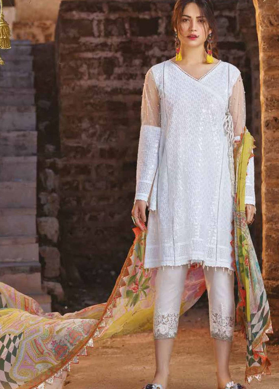 Sakura by Noor Textiles Embroidered Lawn Unstitched 3 Piece Suit SK19SC 01S - Spring / Summer Collection