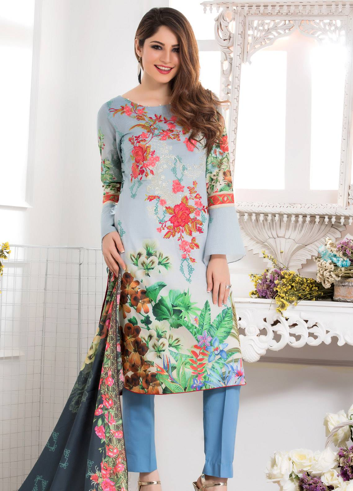 Salina Embroidered Lawn Unstitched 3 Piece Suit SAL18E 01 - Eid Collection