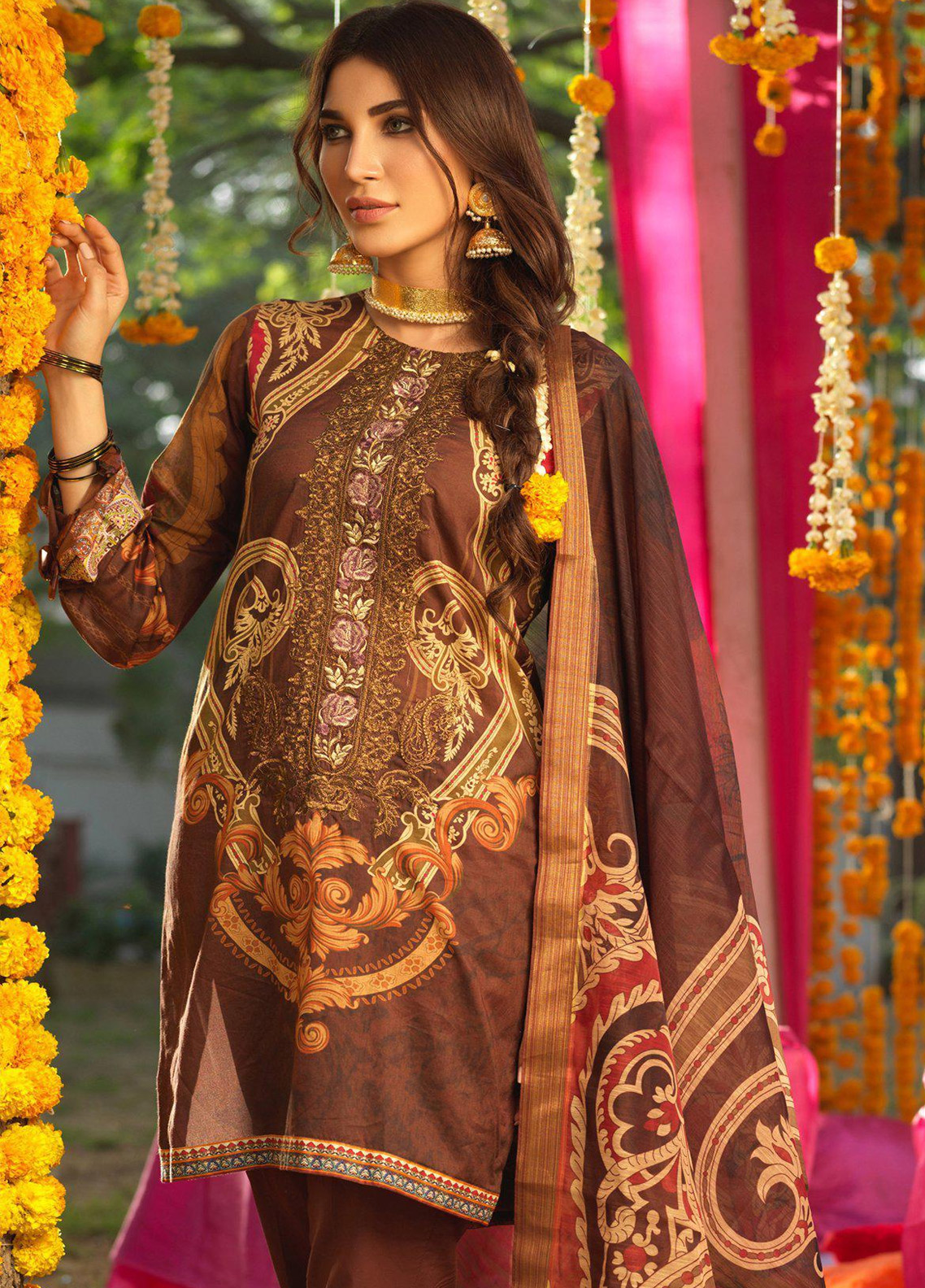 Salitex Embroidered Lawn Unstitched 3 Piece Suit STR19F WK279 - Festive Collection