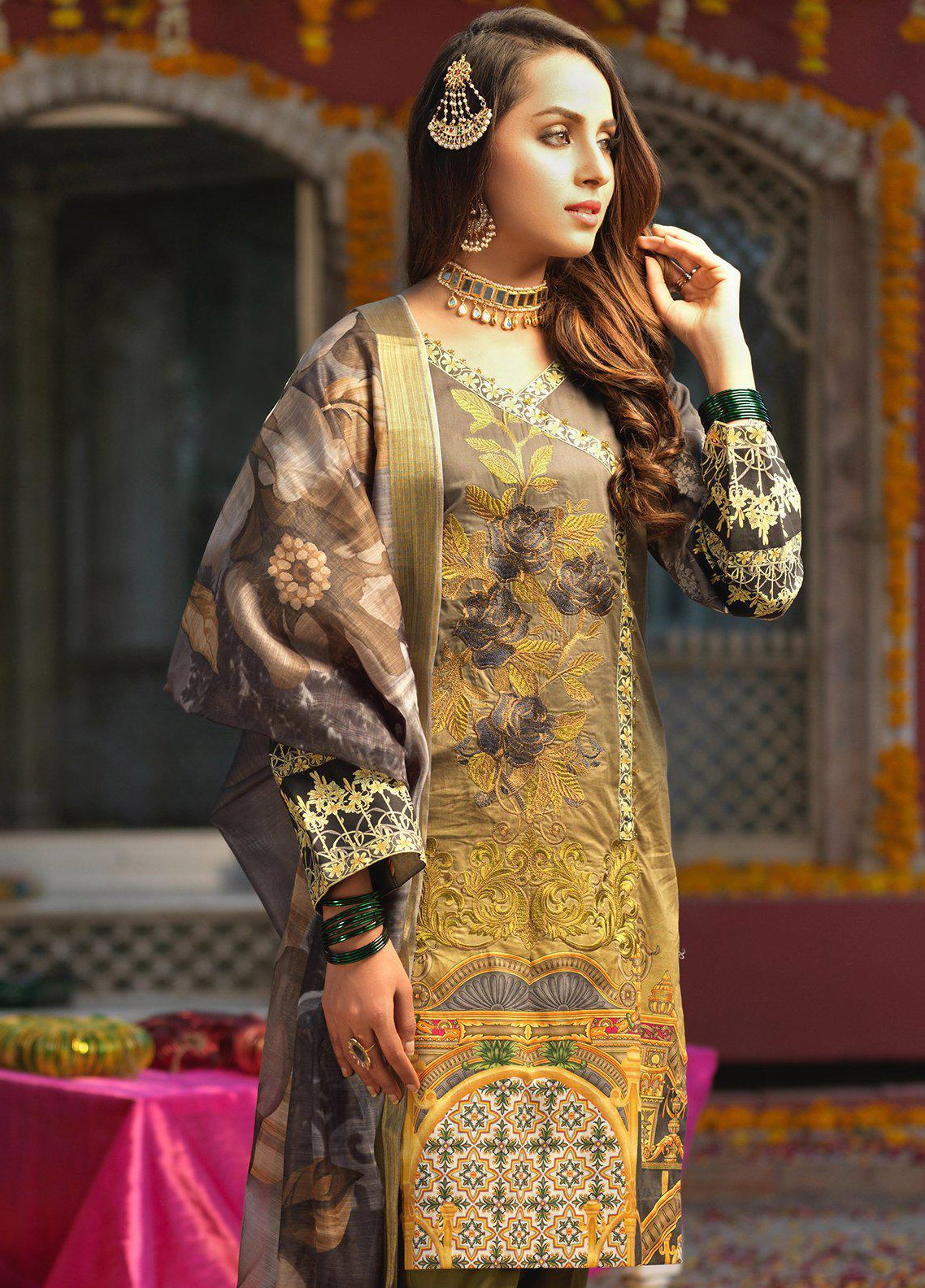 Salitex Embroidered Lawn Unstitched 3 Piece Suit STR19F WK282 - Festive Collection