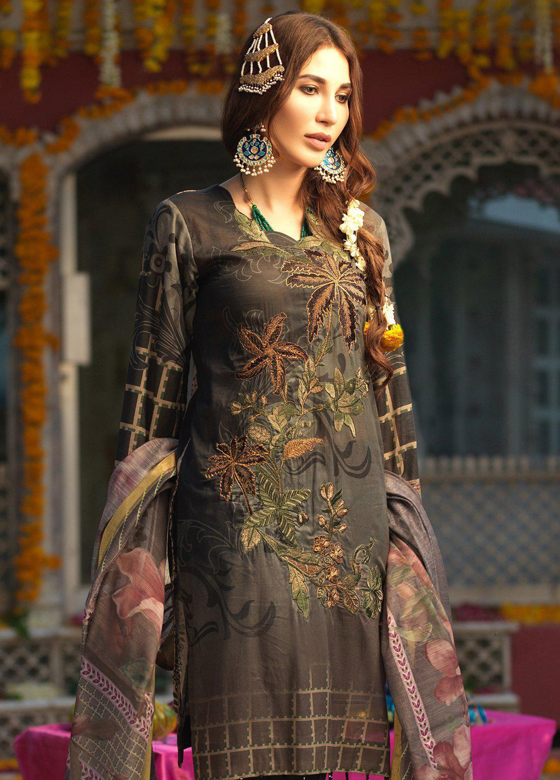 Salitex Embroidered Lawn Unstitched 3 Piece Suit STR19F WK283 - Festive Collection