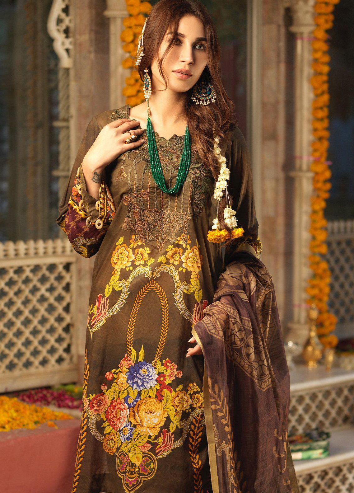 Salitex Embroidered Lawn Unstitched 3 Piece Suit STR19F WK284 - Festive Collection