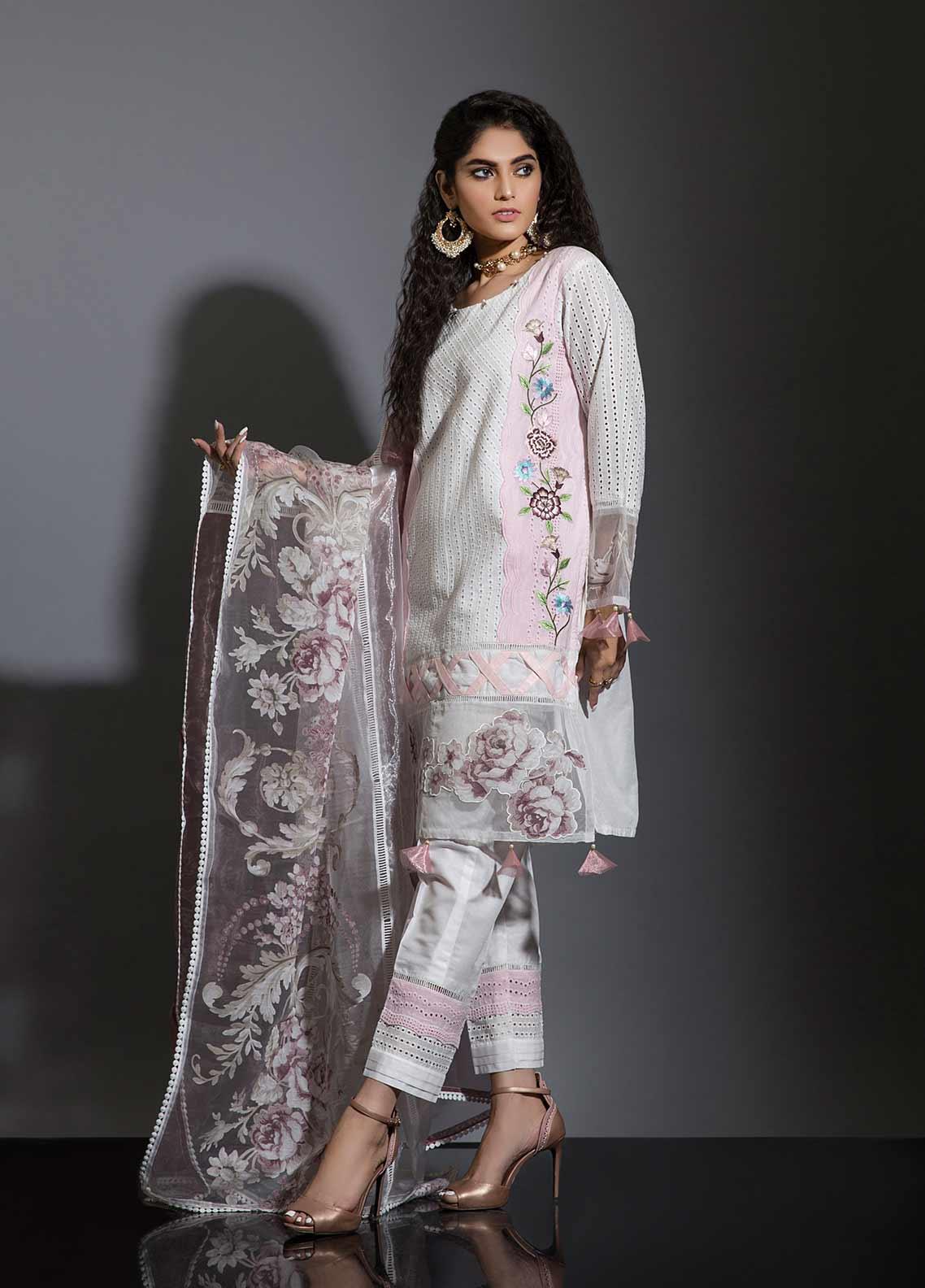 Sidra Mumtaz Embroidered Schiffli Stitched 3 Piece Suit ROSA