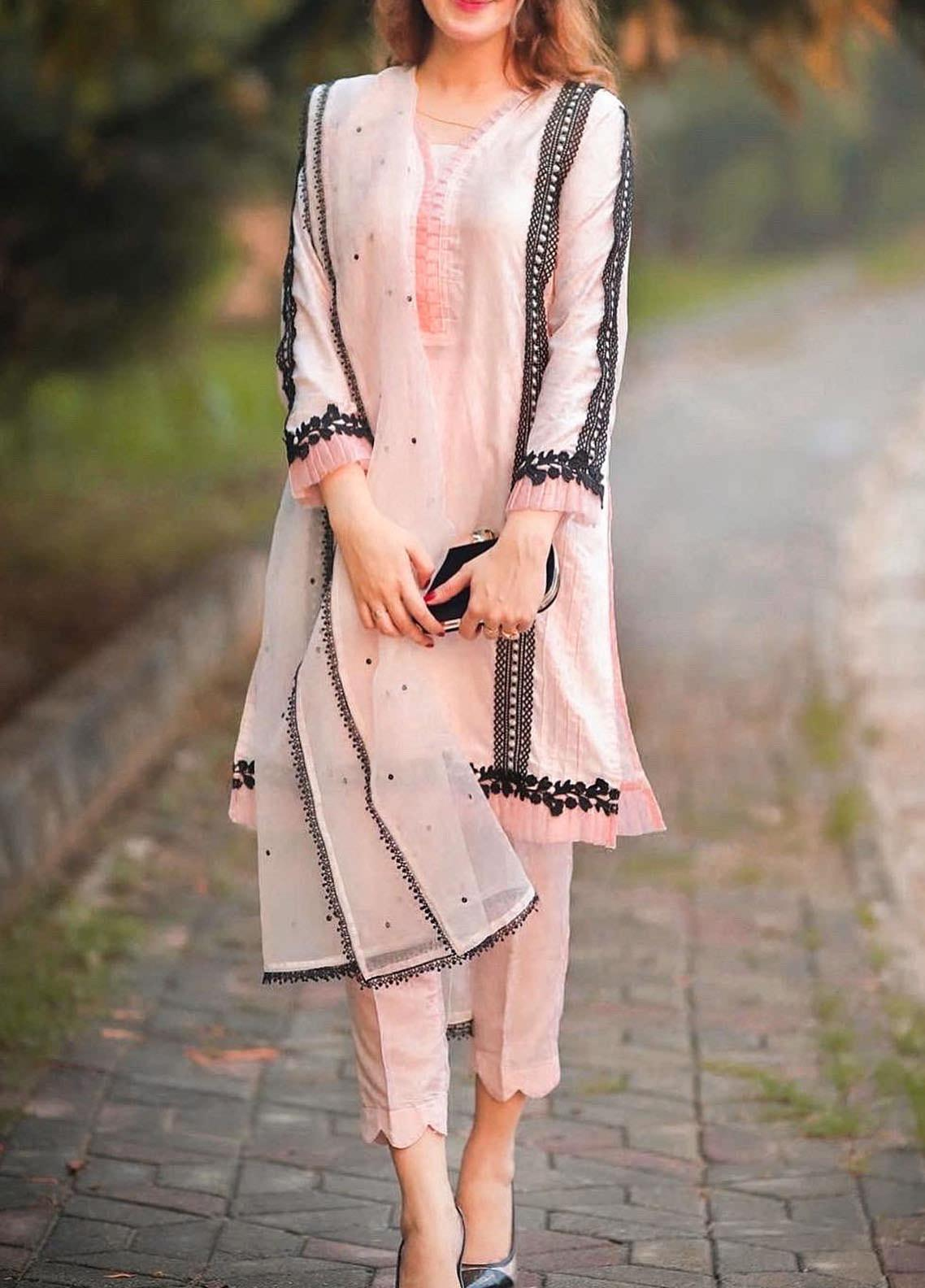 Sidra Mumtaz Embroidered Cotton Silk Stitched 3 Piece Suit SOFT ROSE