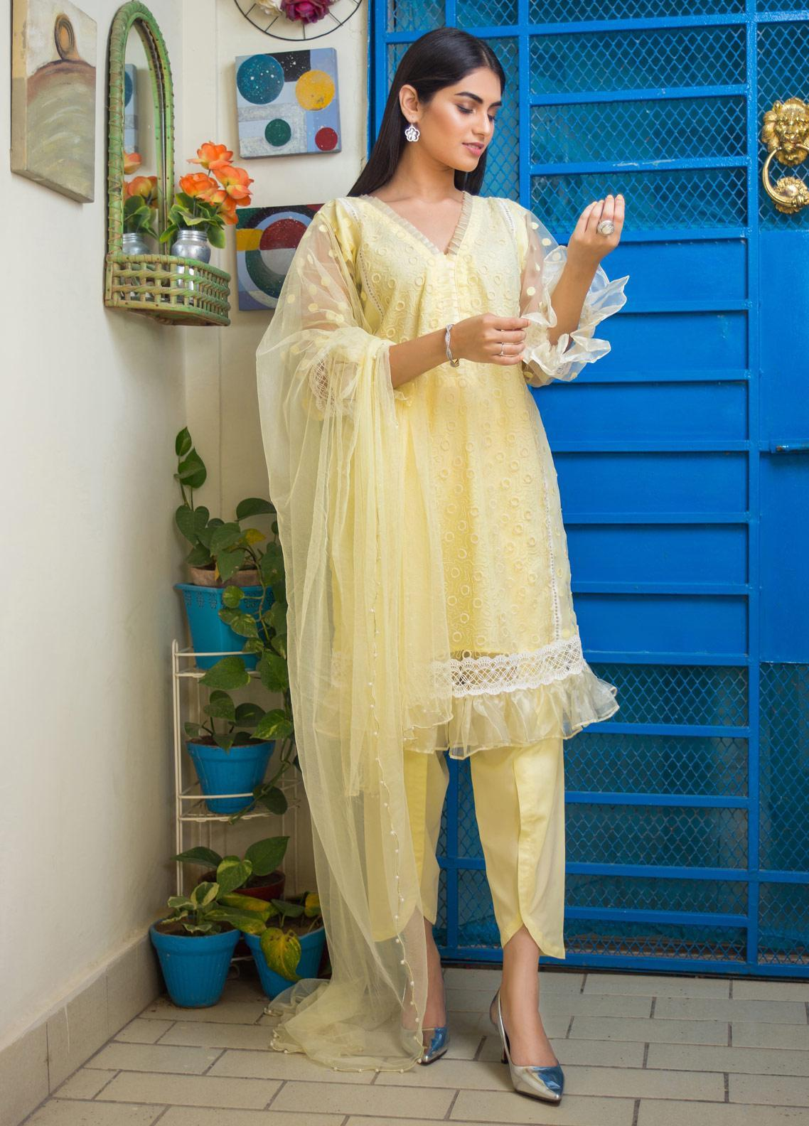 Sidra Mumtaz Embroidered Zari Net Stitched 3 Piece Suit AUREATE APPLE BLOSSOM