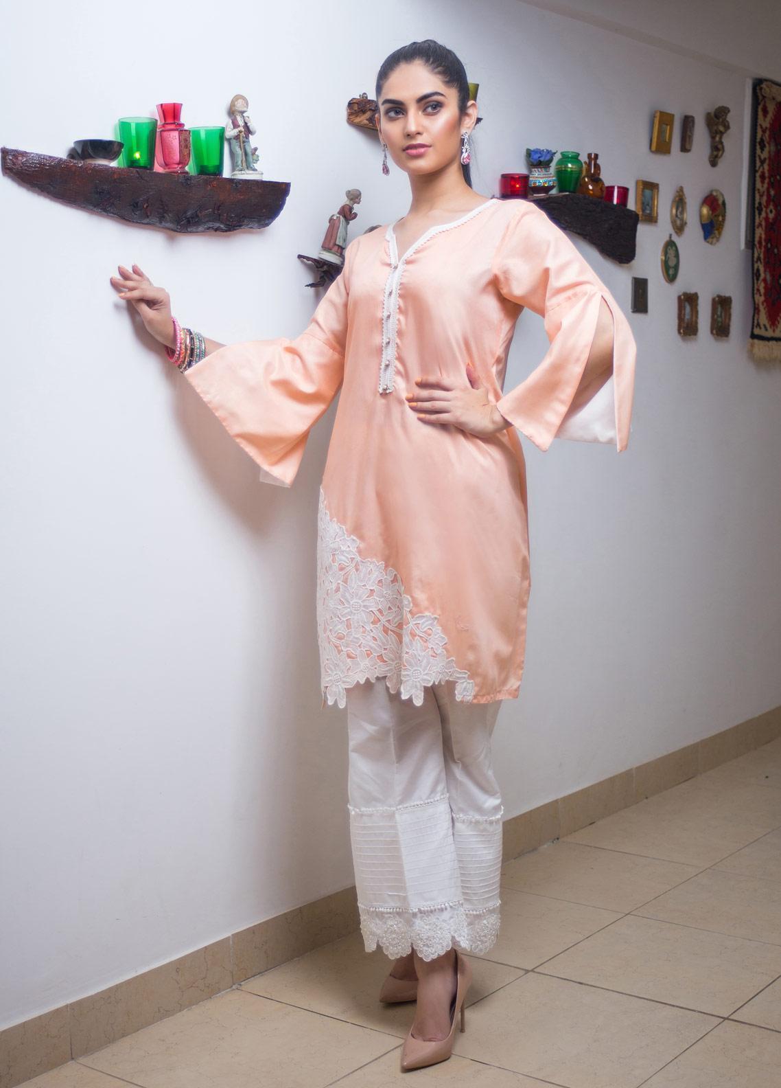 Sidra Mumtaz Embroidered Cotton Silk Stitched 3 Piece Suit SEASHELL PINK PEONY FLOWERED