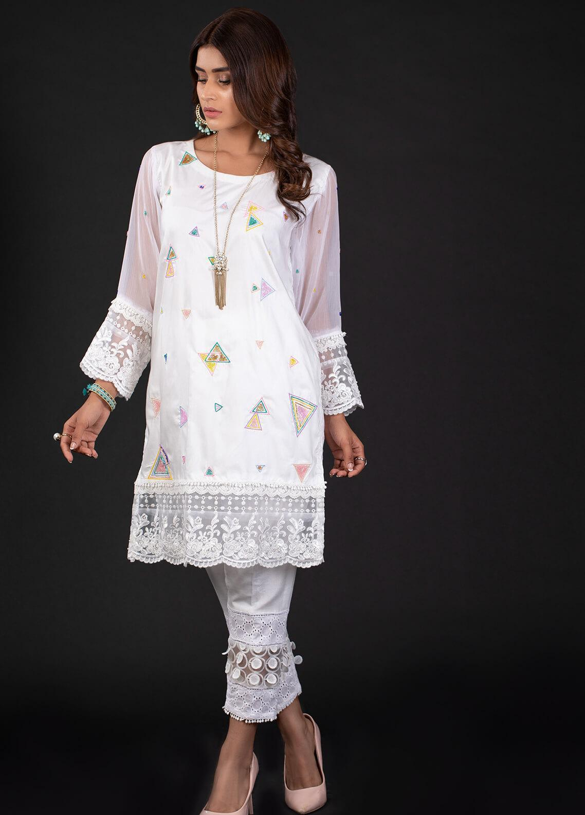 Sidra Mumtaz Embroidered Cotton Silk Stitched 2 Piece Suit 6A TRIANGLO