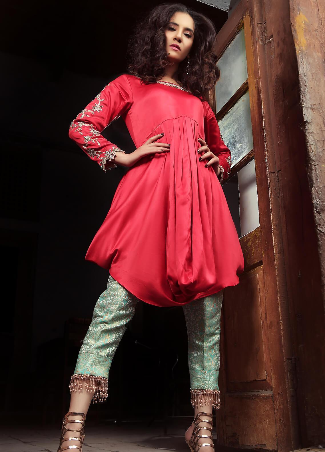 Sidra Mumtaz Embroidered Silk Stitched 2 Piece Suit STRAWBERRY TARLET