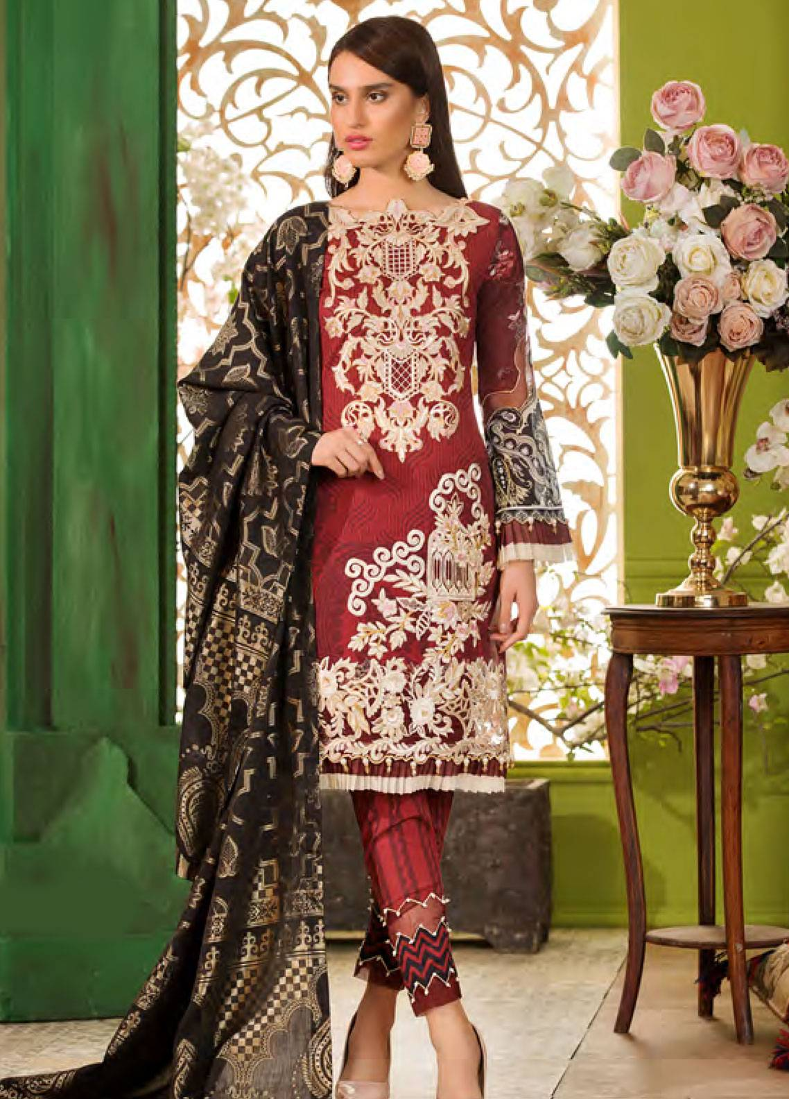Sifona Embroidered Lawn Unstitched 3 Piece Suit SFA19CK 08 CHANDELIER OPULENCE - Luxury Collection