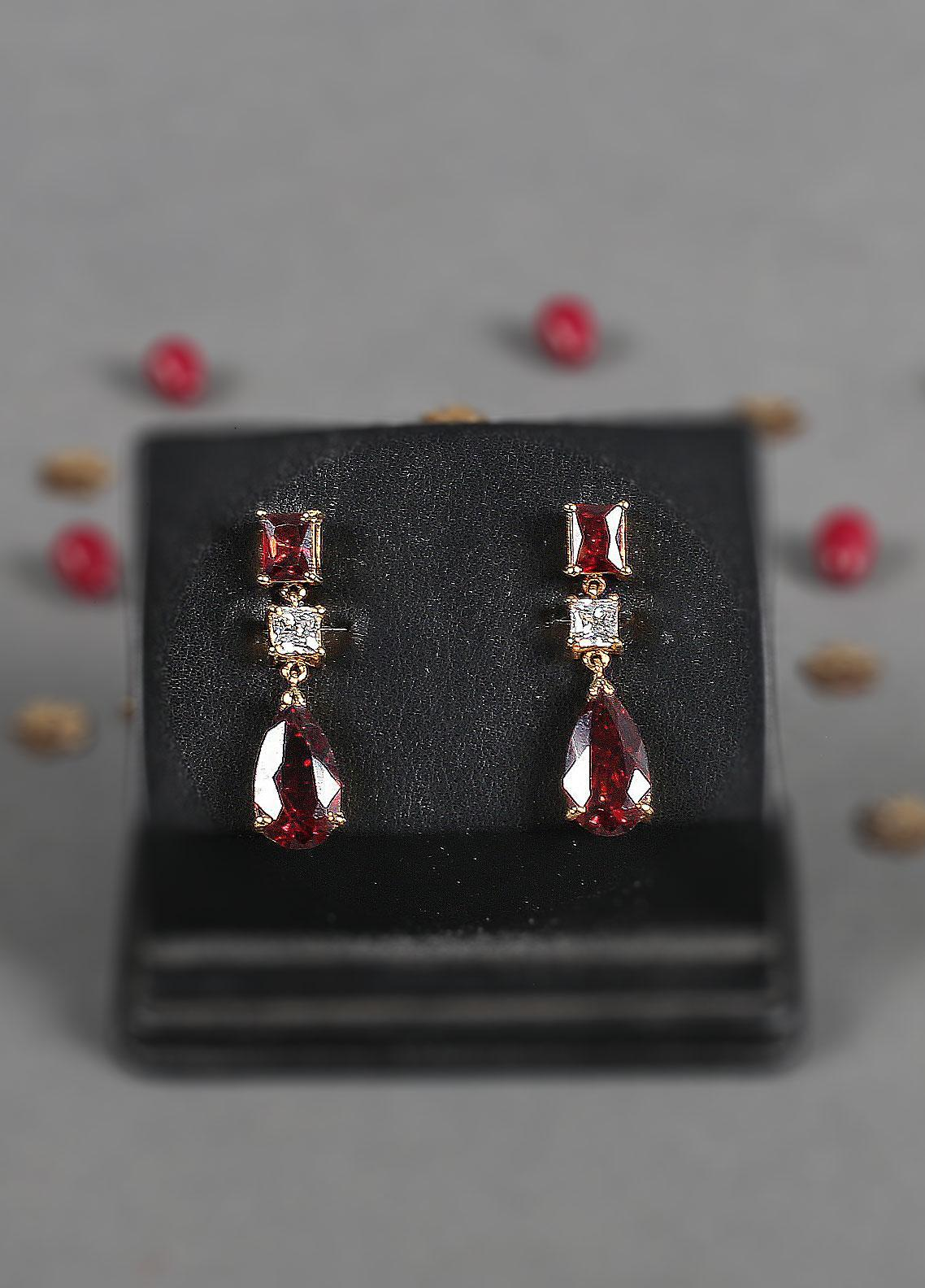 Silver Lodge Garnet   Earrings 1104 - Ladies Jewellery