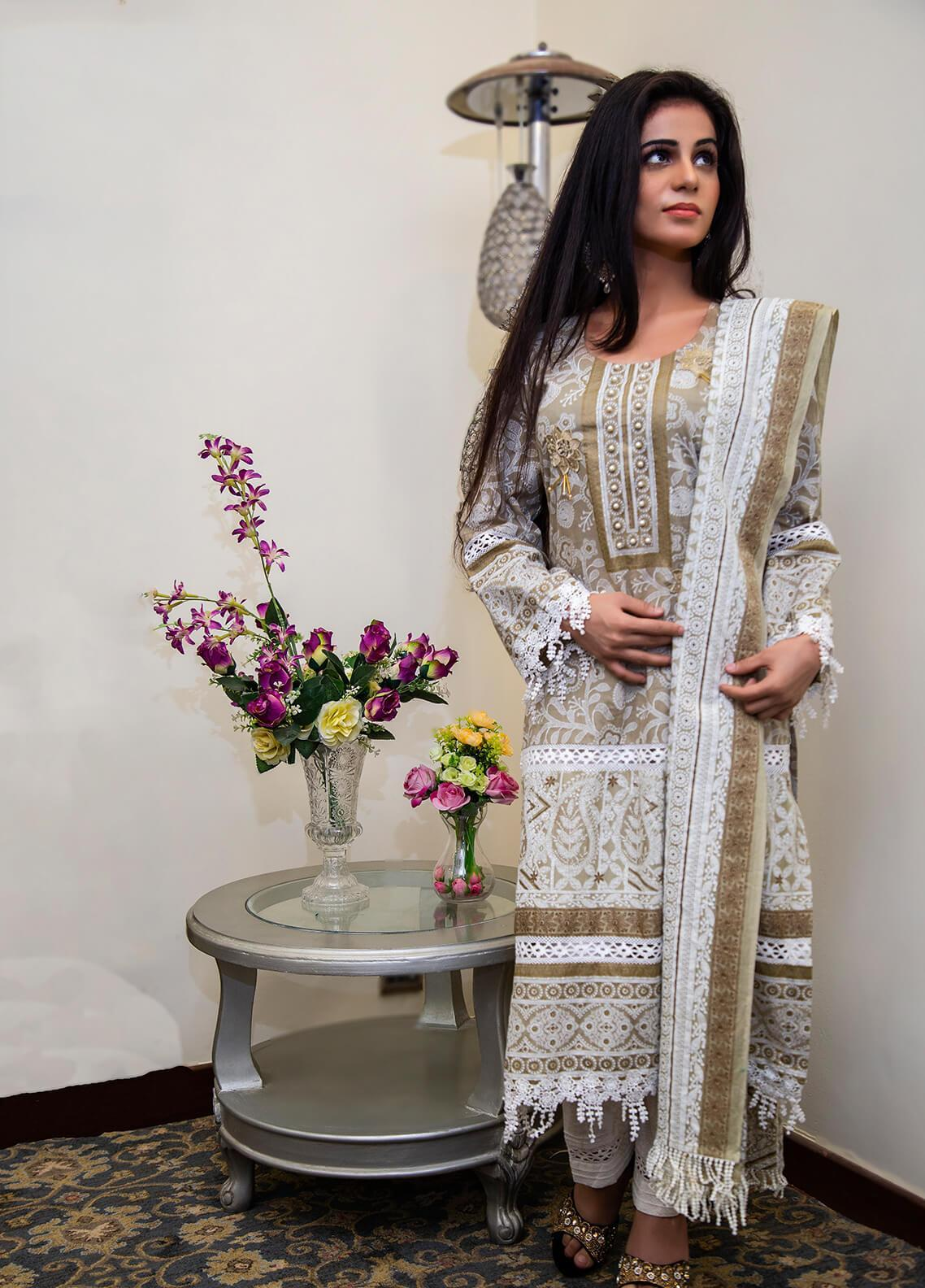 Spade Embroidered Lawn Stitched 3 Piece Suit C5GWL080719