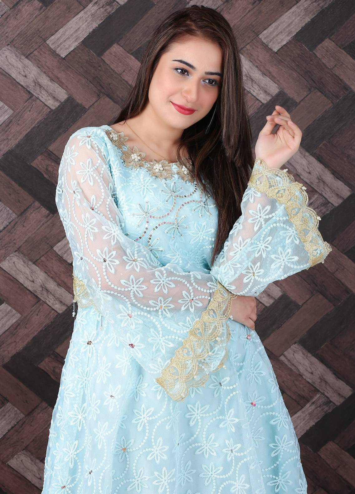 Spade Embroidered Zari Net Stitched 3 Piece Suit LBG-05