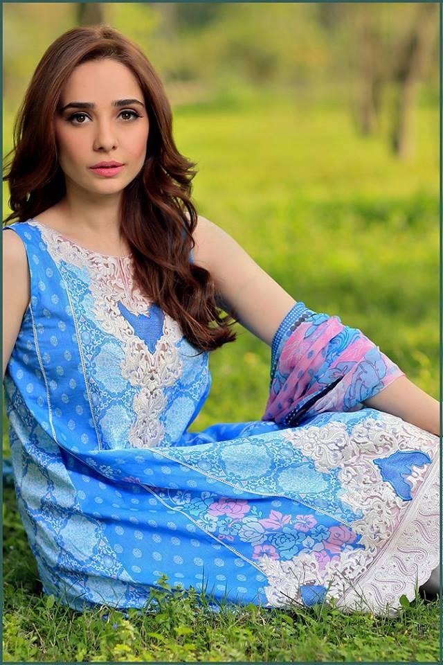 Sonia Azhar Embroidered Lawn Unstitched 3 Piece Suit SZ16E Sugar Chic
