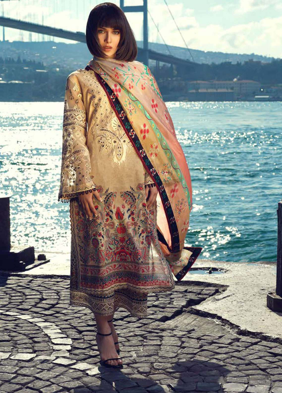 Tena Durrani Embroidered Lawn Unstitched 3 Piece Suit TD19L 01 DARVESH - Spring / Summer Collection