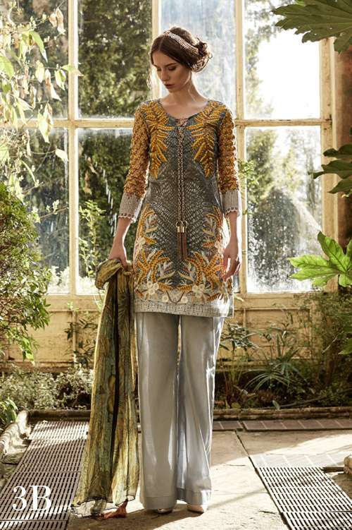 Tabassum Mughal Embroidered Lawn Unstitched 3 Piece Suit TM17L 3B