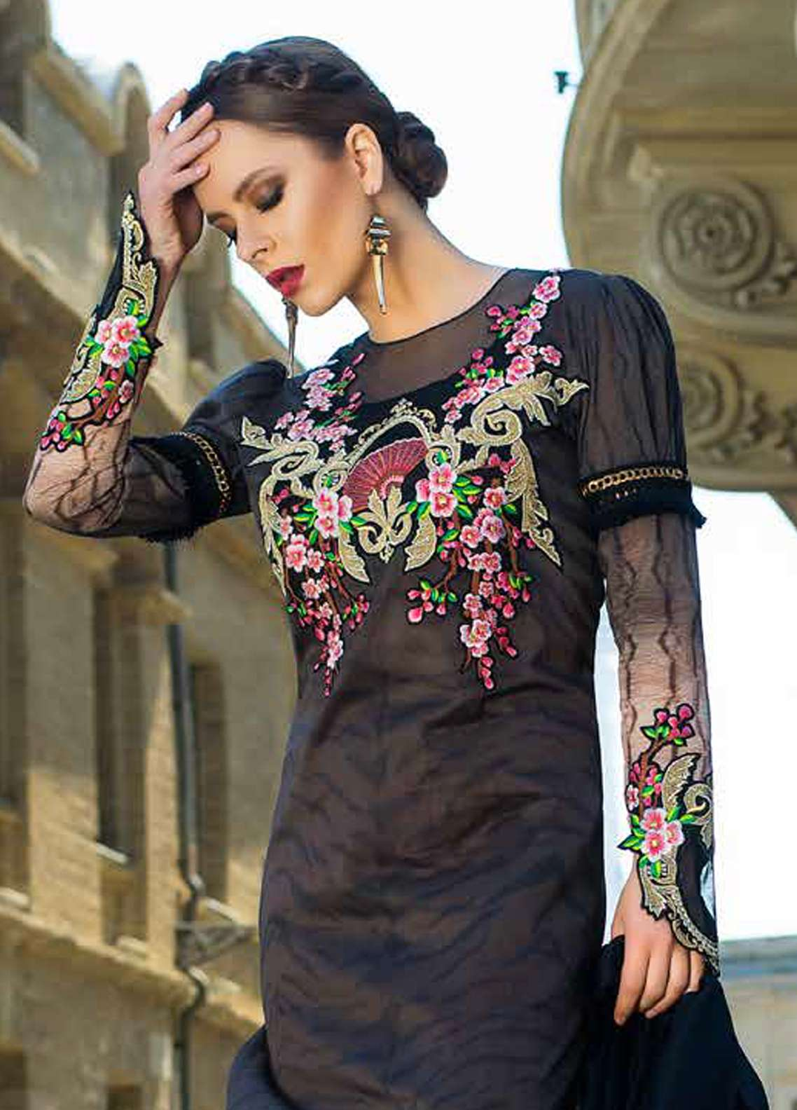 Tabassum Mughal Embroidered Lawn Unstitched 3 Piece Suit TM18F 5A - Eid Collection