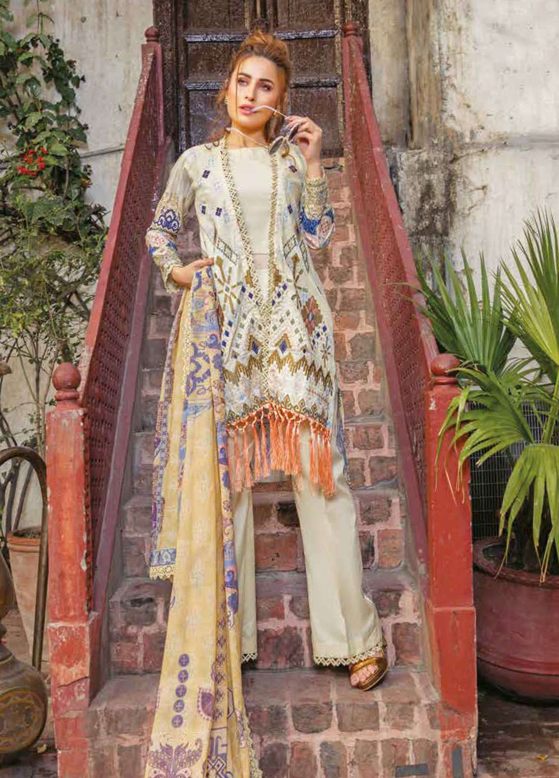 Zara Ali by Magns Textiles Embroidered Lawn Unstitched 3 Piece Suit ZRA19L 07B - Spring / Summer Collection