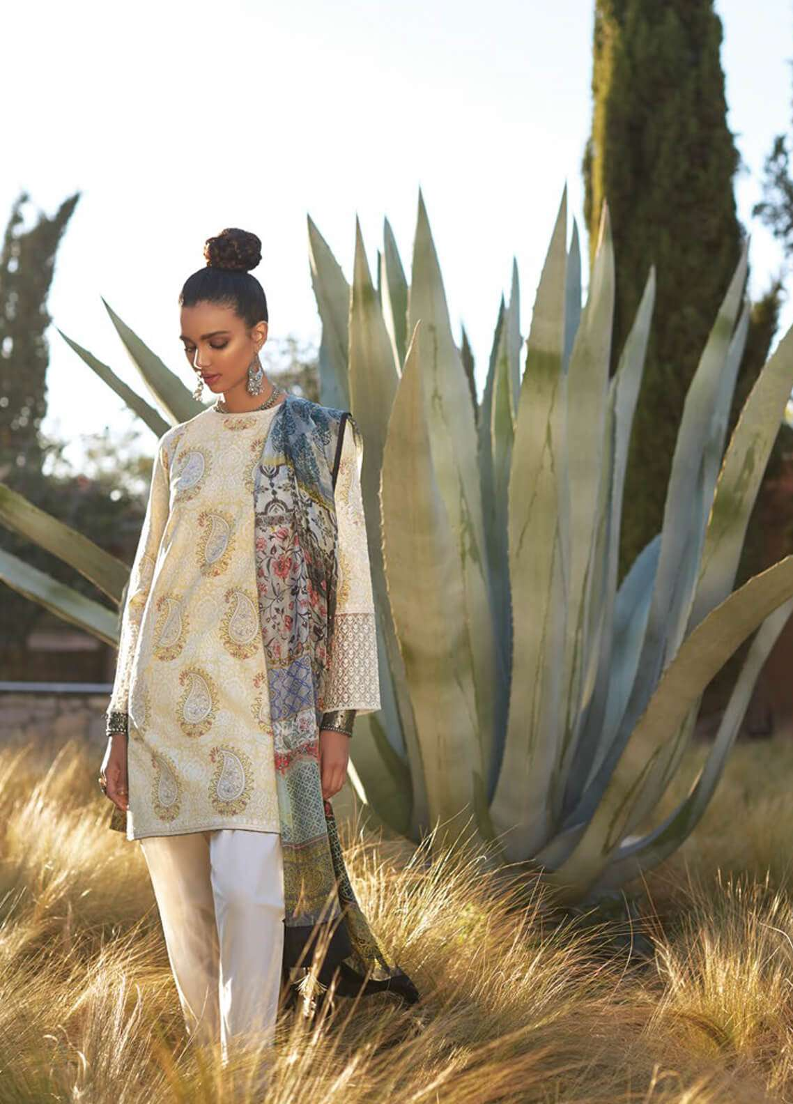 Zara Shahjahan Embroidered Lawn Unstitched 3 Piece Suit ZSJ19L MINAH A - Spring / Summer Collection