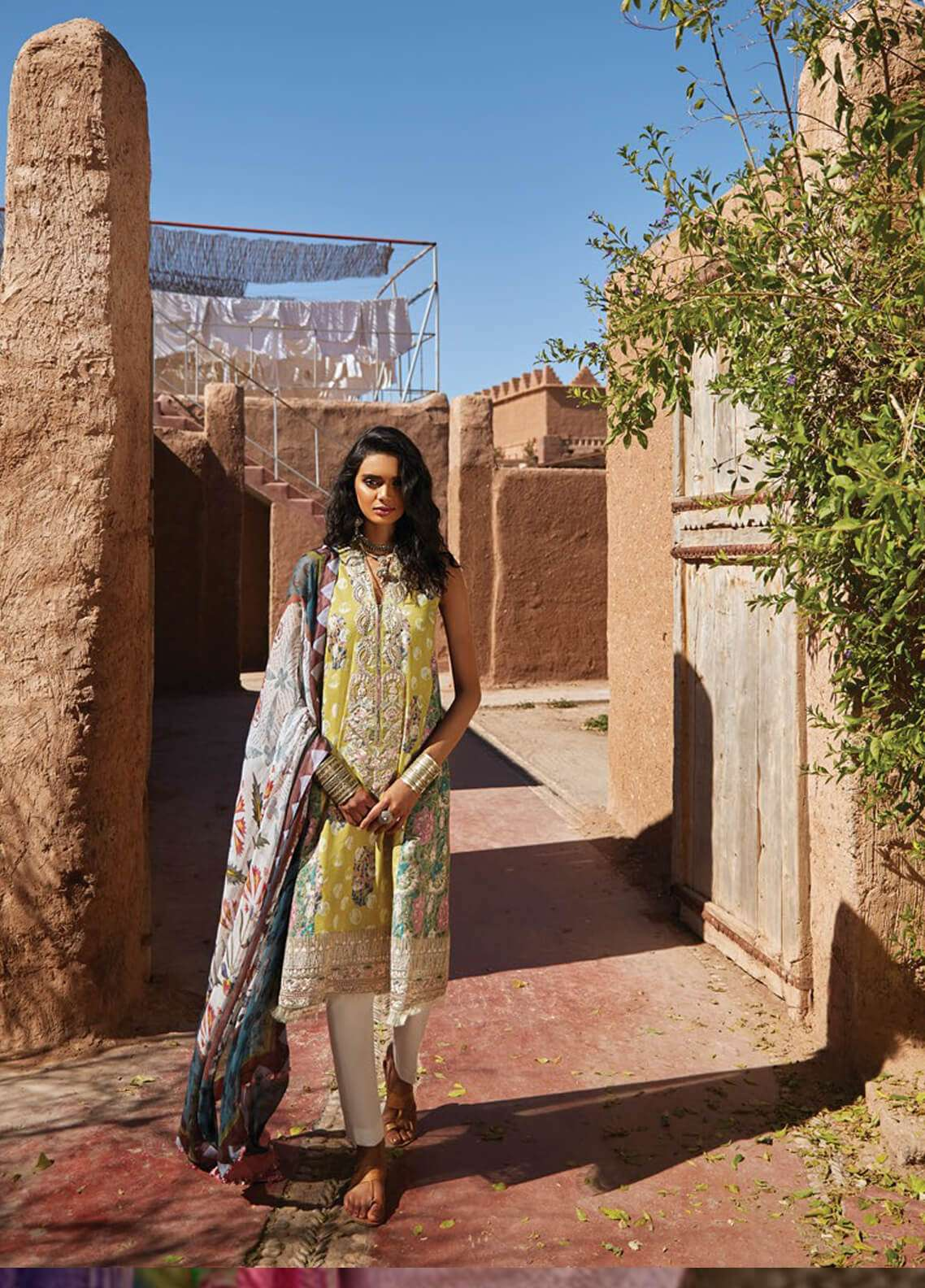 Zara Shahjahan Embroidered Lawn Unstitched 3 Piece Suit ZSJ19L SAHARA A - Spring / Summer Collection