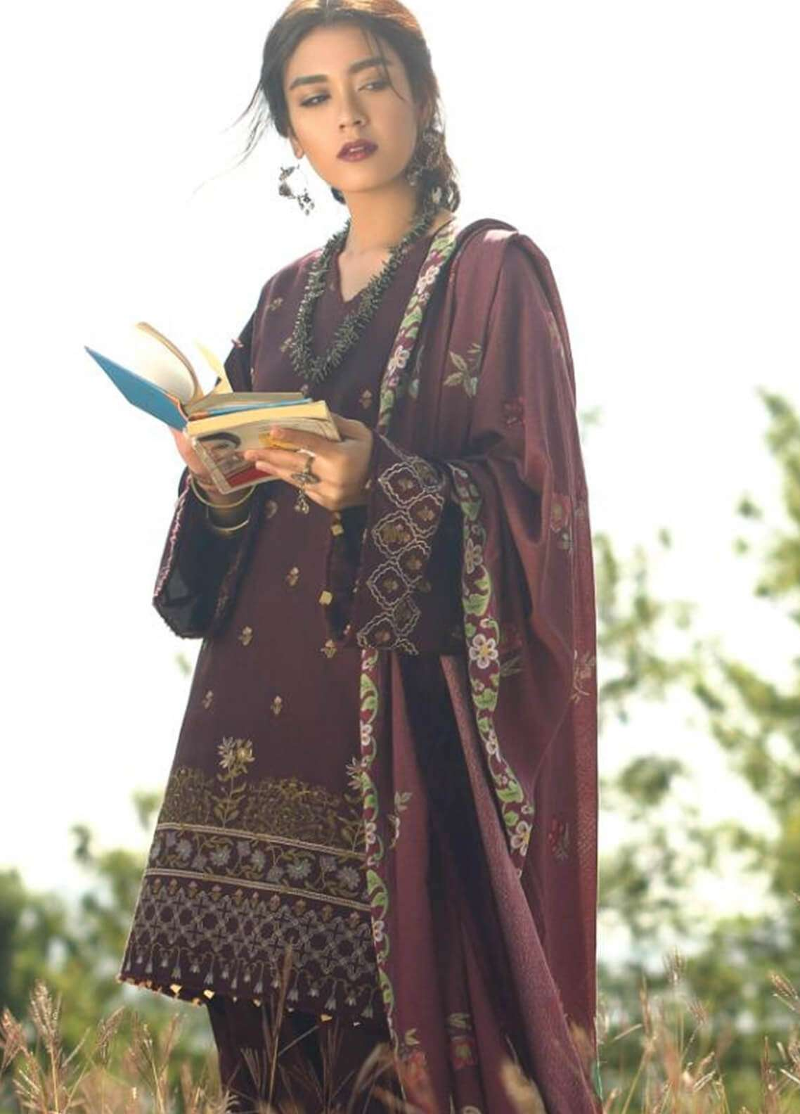 Zara Shahjahan Embroidered Karandi Unstitched 3 Piece Suit ZS18W MARJAN - Winter Shawl Collection