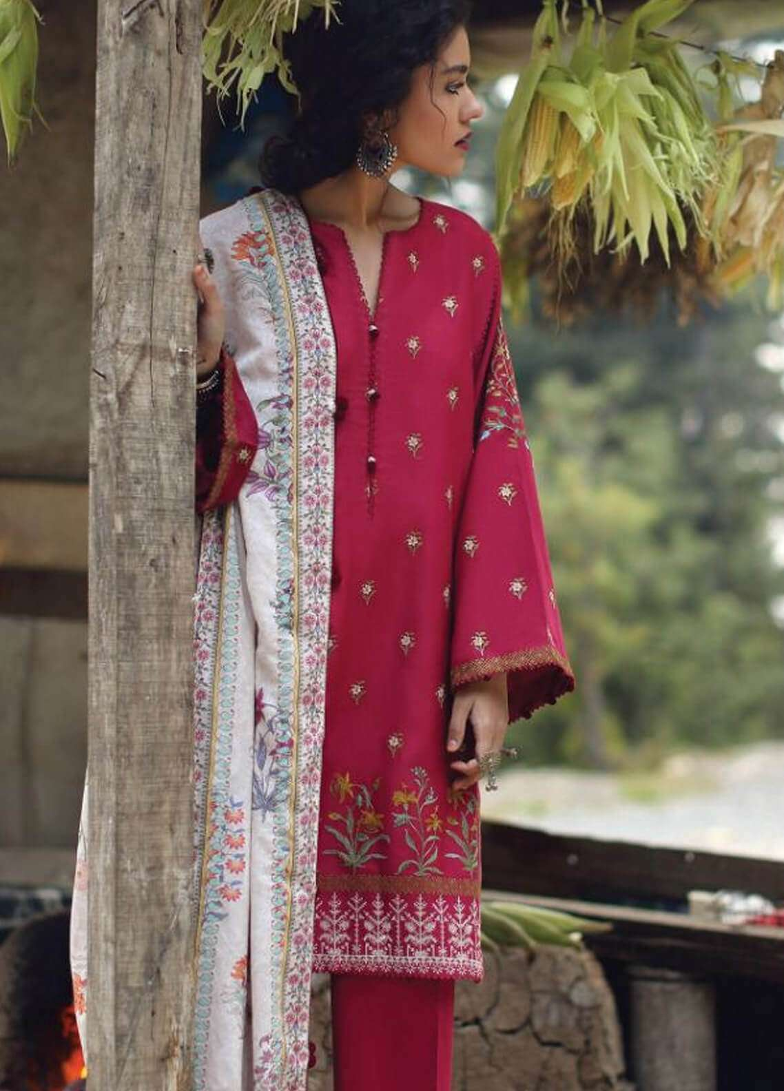 Zara Shahjahan Embroidered Karandi Unstitched 3 Piece Suit ZS18W PARISA - Winter Shawl Collection