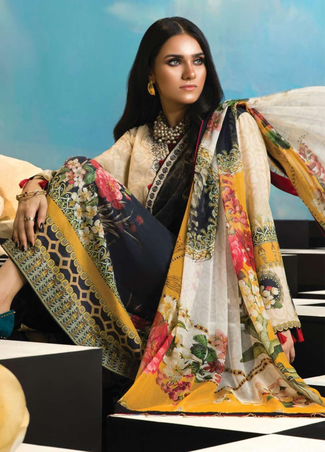 Zaha by Khadijah Shah Embroidered Lawn Unstitched 3 Piece Suit ZKS18L 15B - Summer Collection