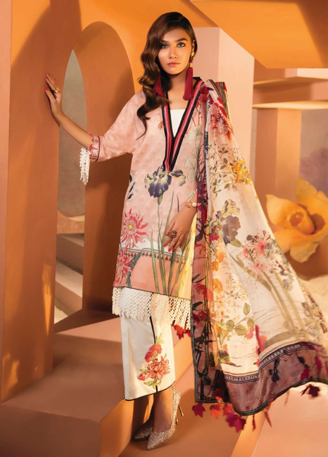 Zaha by Khadijah Shah Embroidered Lawn Unstitched 3 Piece Suit ZKS18L 19A - Summer Collection