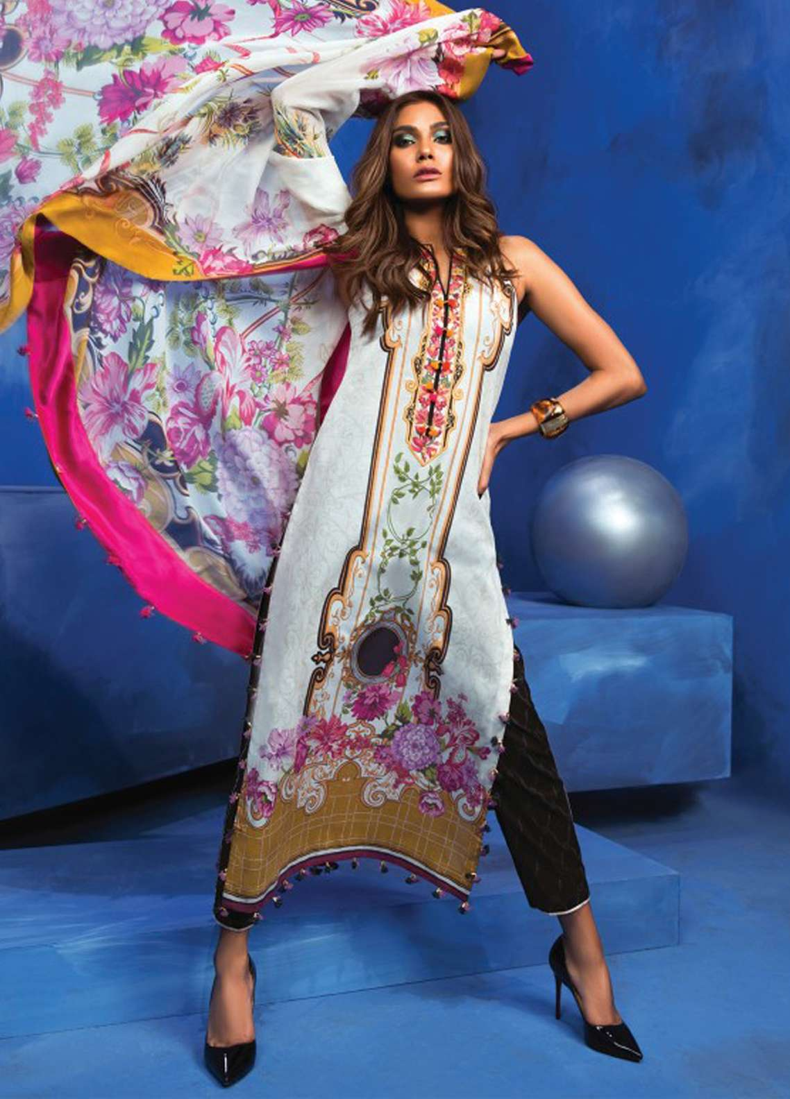 Zaha by Khadijah Shah Embroidered Lawn Unstitched 3 Piece Suit ZKS18L 23B - Summer Collection