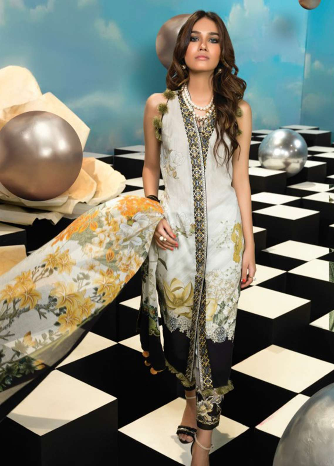 Zaha by Khadijah Shah Embroidered Lawn Unstitched 3 Piece Suit ZKS18L 24A - Summer Collection