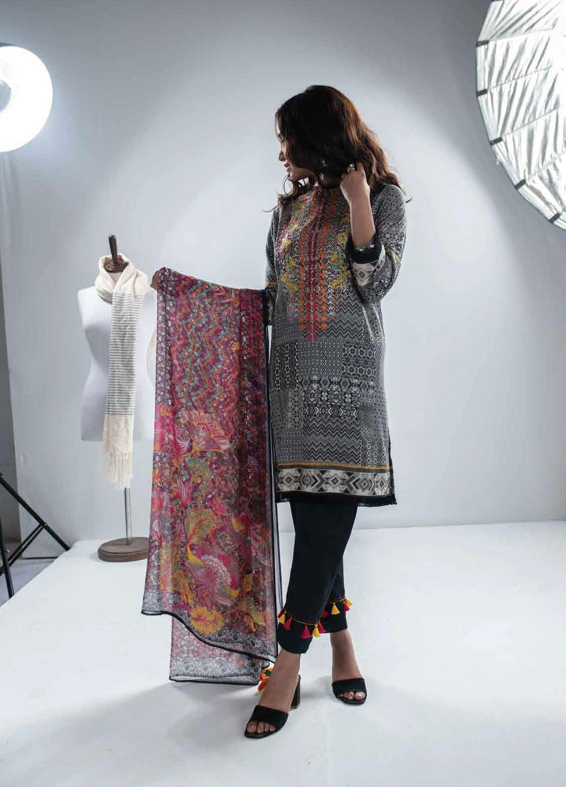 c1923d510f Zyra by Tarzz Printed Lawn Unstitched 3 Piece Suit ZYT19S 9A URBAN COAST - Mid  Summer